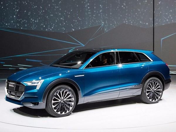 a-blue-Audi-e-Tron-in-a-motor-show