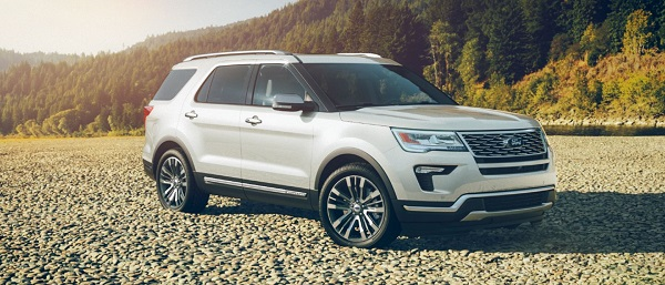 A 2018 Ford Explorer (White Platinum Exterior Color)