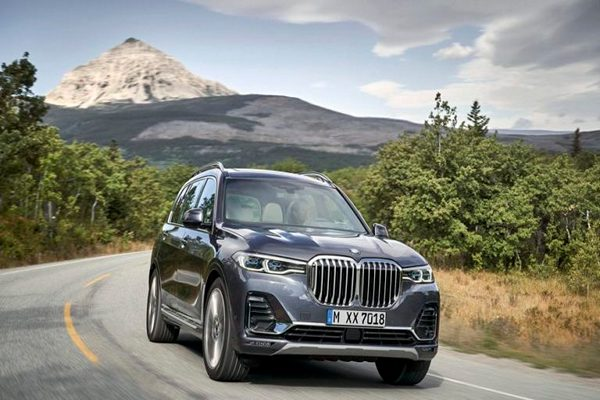 At-the-front-this-monstrous-SUV-has-the-largest-chrome-grille