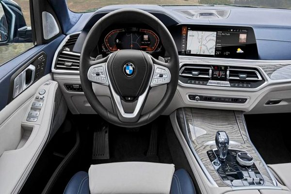 Vehicle-modes-gears-and-the-start-button