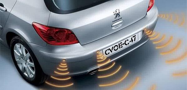 image-of-parking-sensor-in-a-car