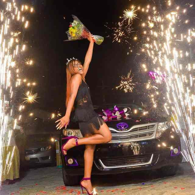alex-unusual-and-the-toyota-as-a-gift-from-her-fan