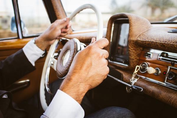 Hands-on-the-steering-wheel
