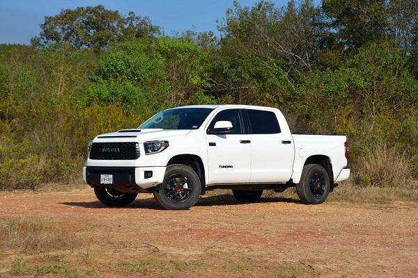 2019-Toyota-Tundra-TRD-Pro-pickup-truck-01