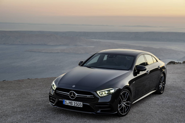 Angular-front-of-the-2019-Mercedes-AMG-CLS-53S