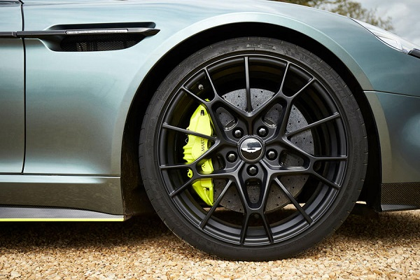 the-right-front-tire-of-a-Aston-martin