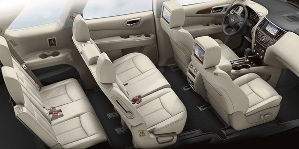 2019-Nissan-Pathfinder-interior-seats