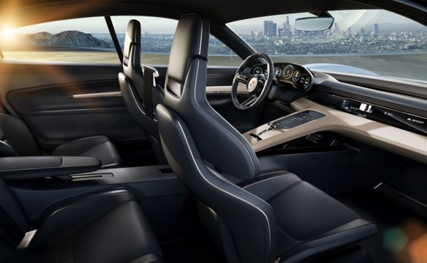 Cayenne-coupe-full-interior