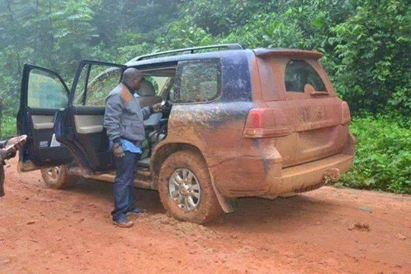 A-muddy-car