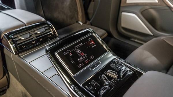 Audi-A8-L-2019-infotainment-system