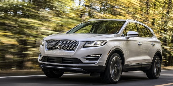 Lincoln-Corsair-SUV