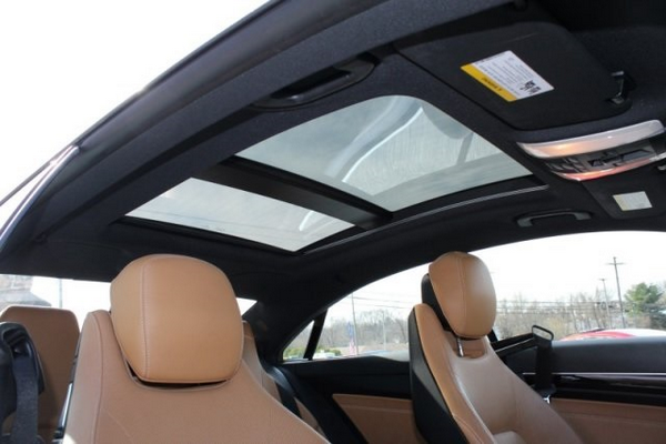 E350-sunroof-view