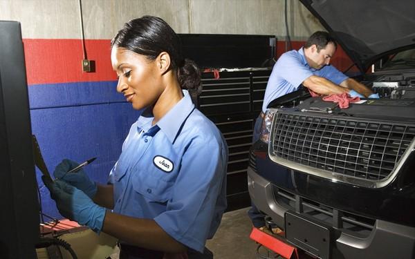 a-black-female-mechanic