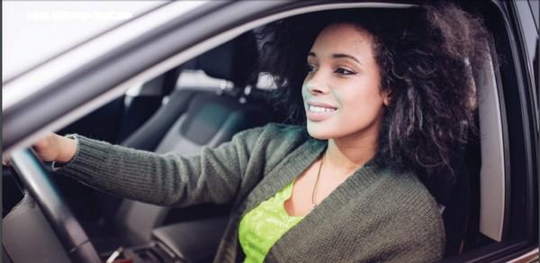 Black-woman-driving