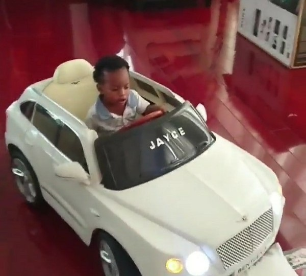 linda-ikeji-son-bentley