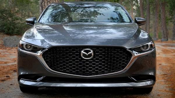 Mazda-3-sedan-exterior