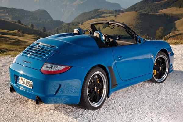 Porsche-911-2010