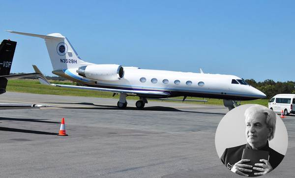 gulfstream-iv-owned-by-benny-Hinn