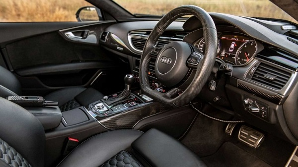 world-fastest-armored-car-is-this-202-mph-audi-r
