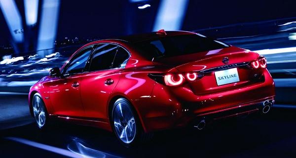 Nissan-Skyline-rear