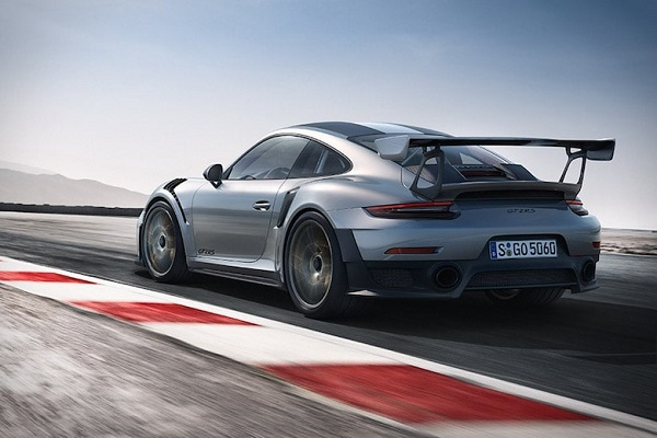 image-of-porsche-911-gt2-rs