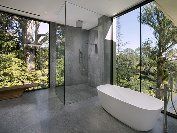 bathtub-in-beyonce-and-jayz-house