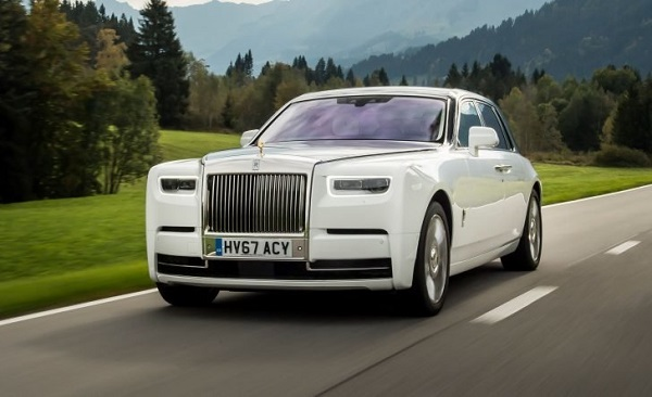 image-of-white-rolls-royce-phantom