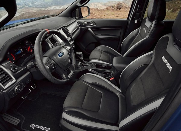 ford-ranger-raptor-interior