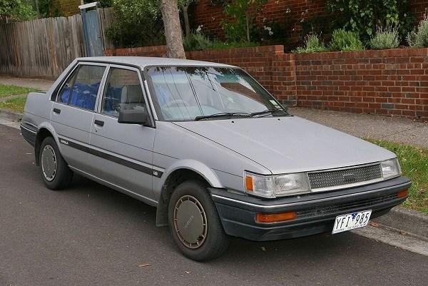 Toyota-Corolla-fifth-generation-E80-model