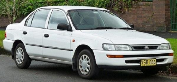 Toyota-Corolla-seventh-generation-E100-model