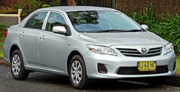 Toyota-Corolla-tenth-generation-model