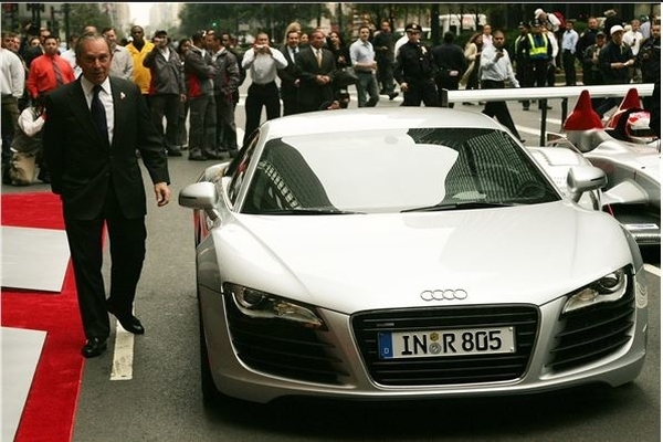 Michael-Bloom-and-his-Audi-R8