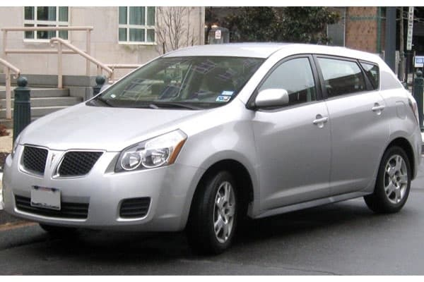 Pontiac-Vibe-hatchback-vehicle
