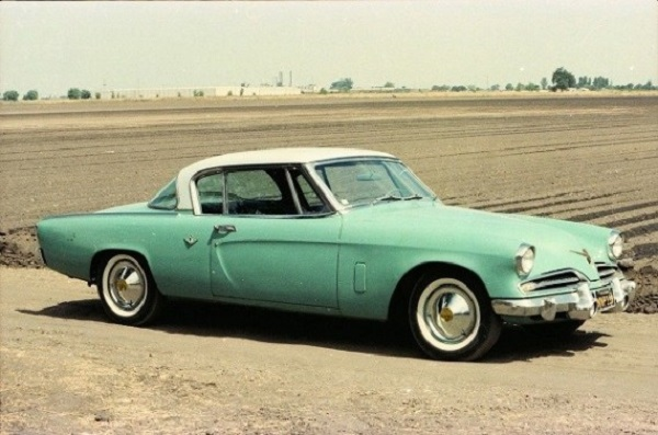 Studebaker-Starliner-car