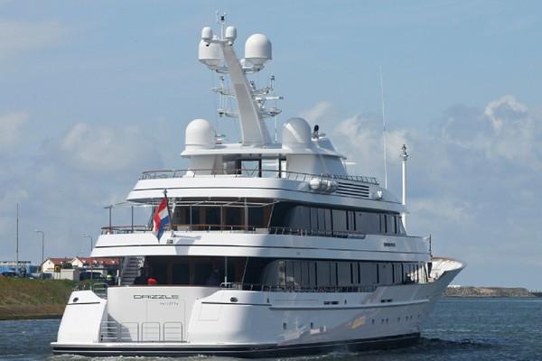 ortegas-yacht-drizzle