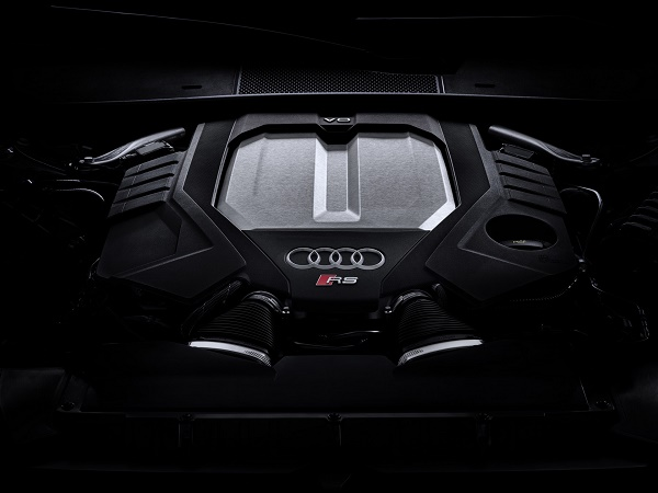 engine-audi-rs-6-avant