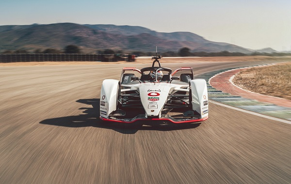 image-of-porsche-99x-electric-on-race-track