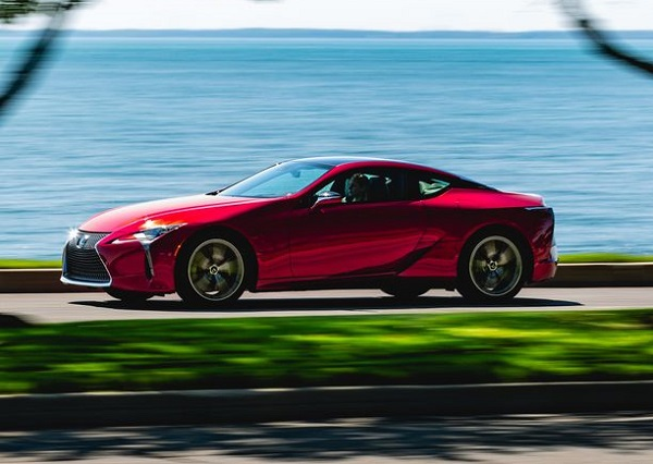 Side-view-2019-Lexus-LC500-luxury-sports-coupe