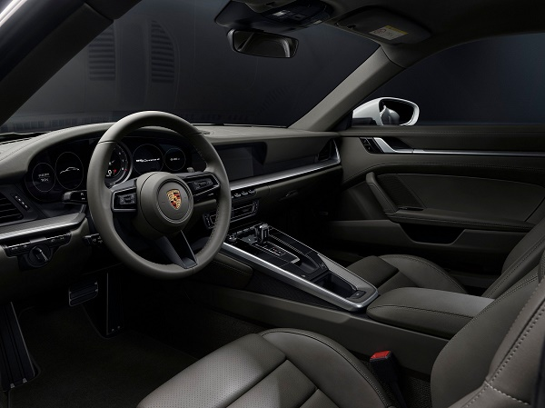 interior-911-carrera-4-
