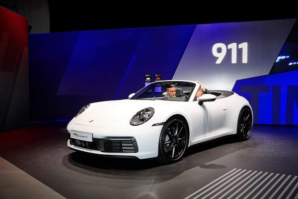 2020-911-cabriolet-4