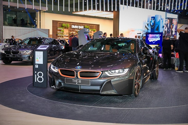 BMW-i8-ultimate-sophisto