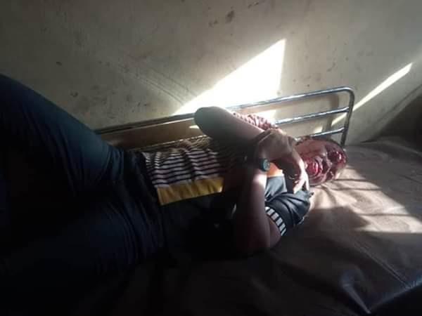 passenger-lying-on-bed