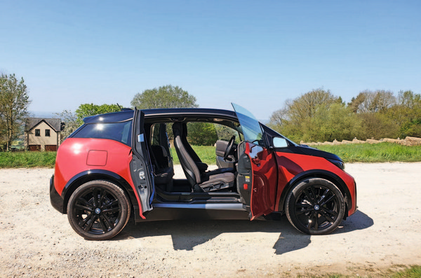 bmw-i3s-red