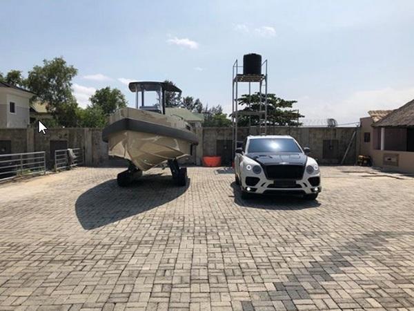 obafemi-garage