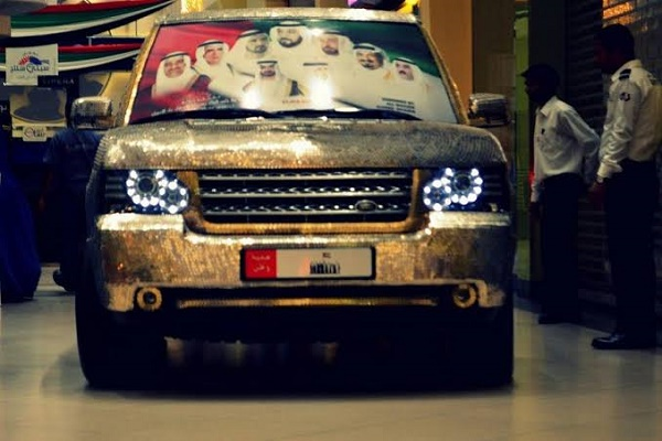 Coin-wrapped-Range-Rover