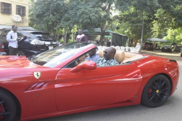 Dino-Ferrari-side-view