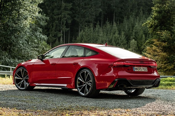 Audi-RS7-Sportback-back-profile