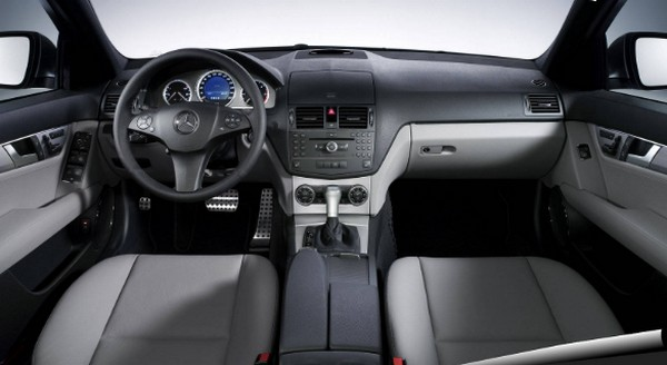 mercedes-benz-c300-2008-interior