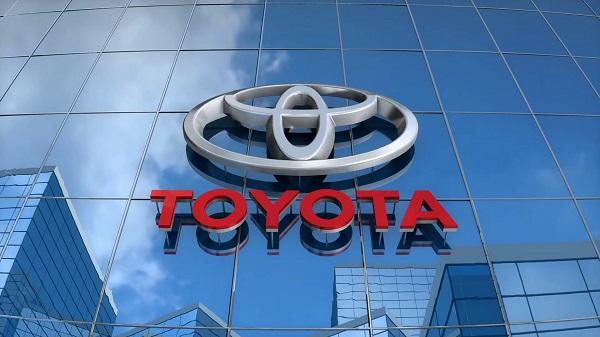 Toyota-name-and-logo