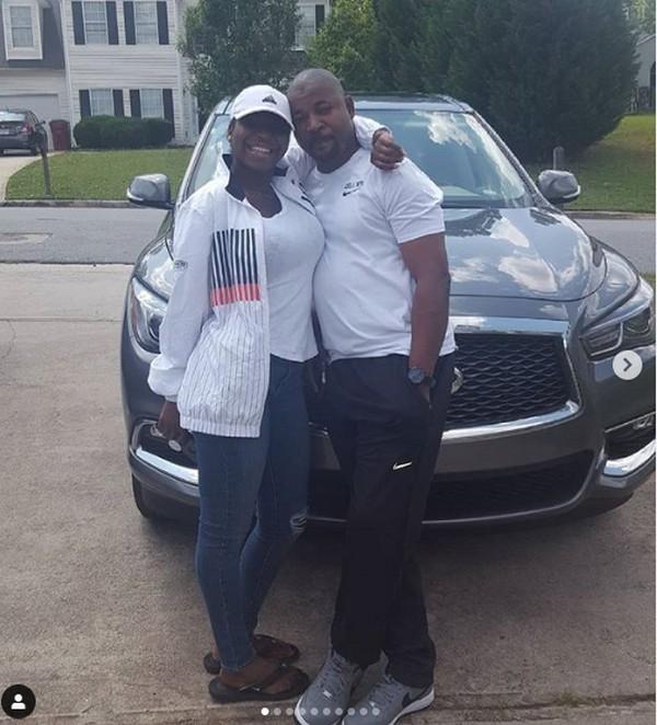 mc-oluomo-car-and-daughter